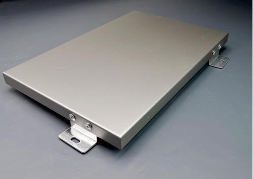 铝单板使用的是什么板材?厚度方面通常是多厚